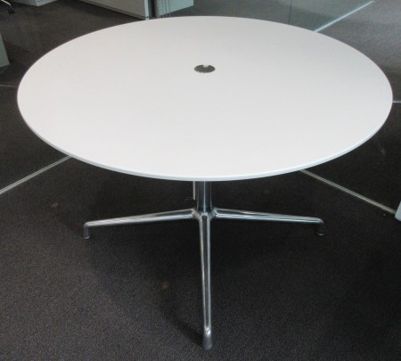 Coalesse SW_1 42-inch Round Conference Table